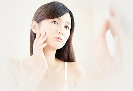 ビタミンC誘導体化粧水は繰り返す赤ニキビに効果ある?200倍の浸透力ならVCローション!