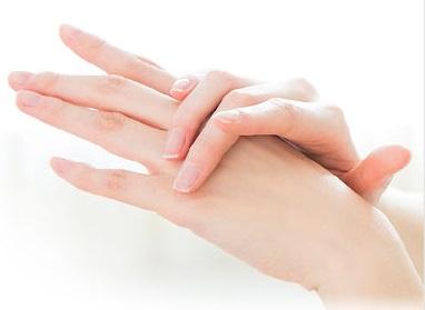 爪が弱い原因はミネラル不足?ミネラル豊富なシリカは爪に効果ある?